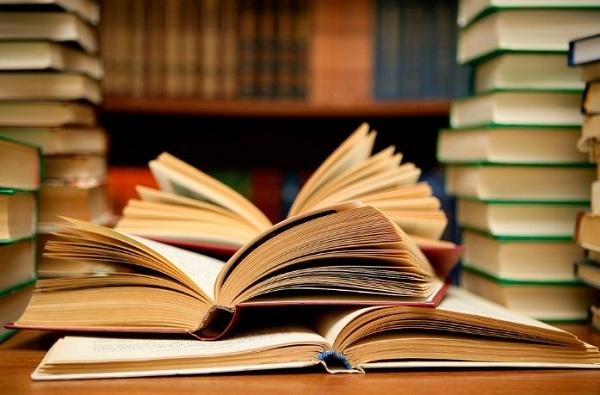 books_1H x W: