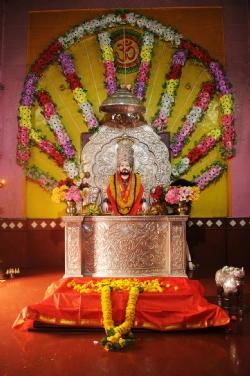 Madhi Kanifnath_1&n