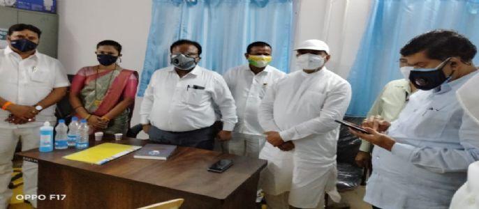 भिवंडी ग्रामीण चे दमदार आमदार शांताराम मोरे साहेब यांच्या निधीतून सावद कोविड सेंटर ला दोन रुग्णवाहीका