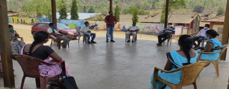 ग्रामपंचायत कासटवाडी अंतर्गत कोविड-19 नियंत्रण समितीची आढावा बैठक